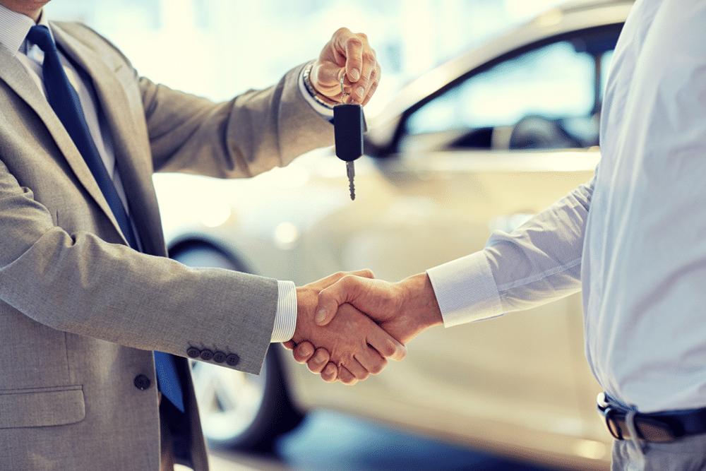 Vender ou trocar carro com dívida