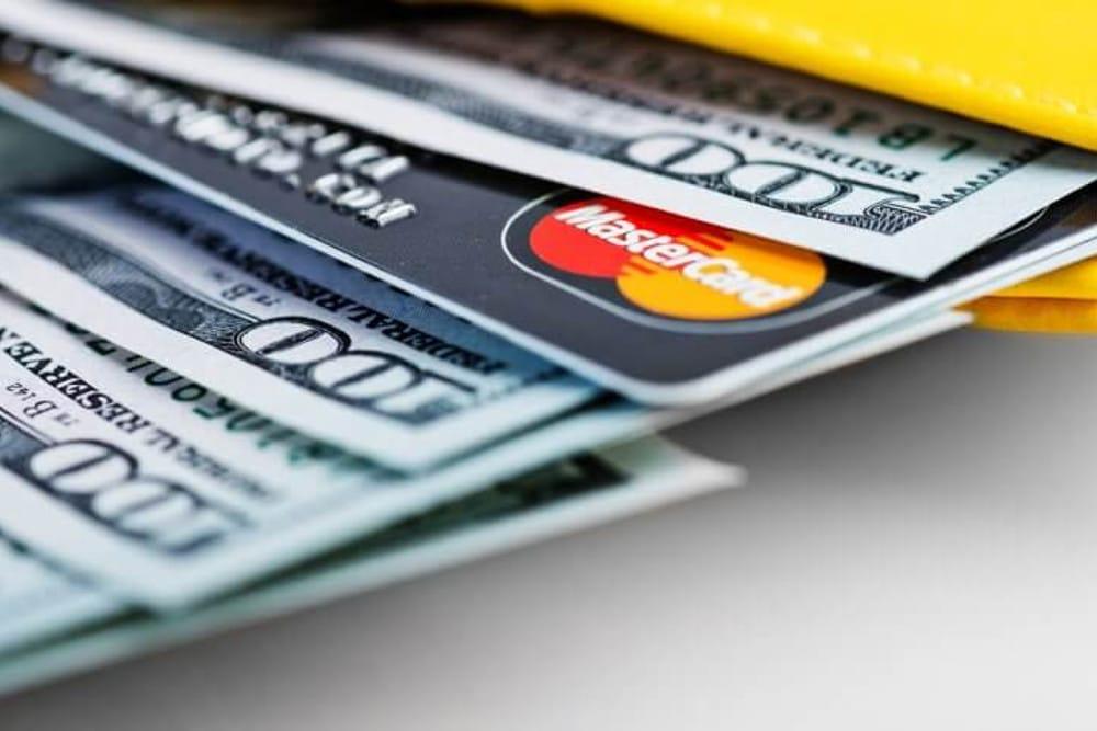 Cartão de Crédito vs Empréstimo Pessoal
