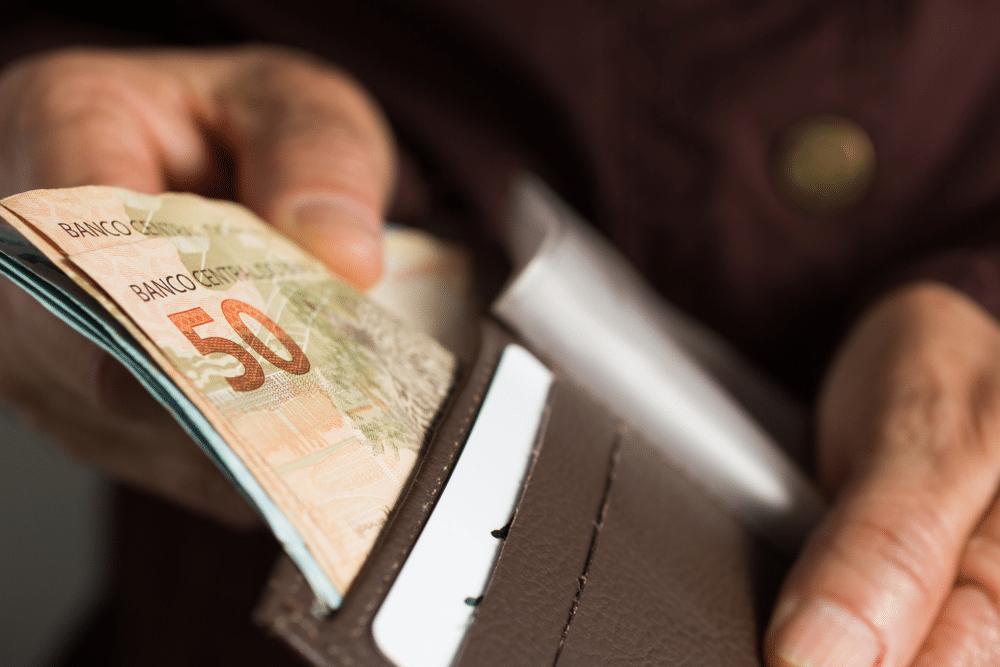 gastar o dinheiro de empréstimo pessoal