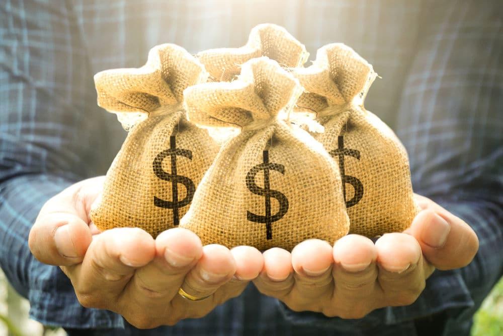 5 maneiras fácil de emprestar dinheiro em bancos e financeiras