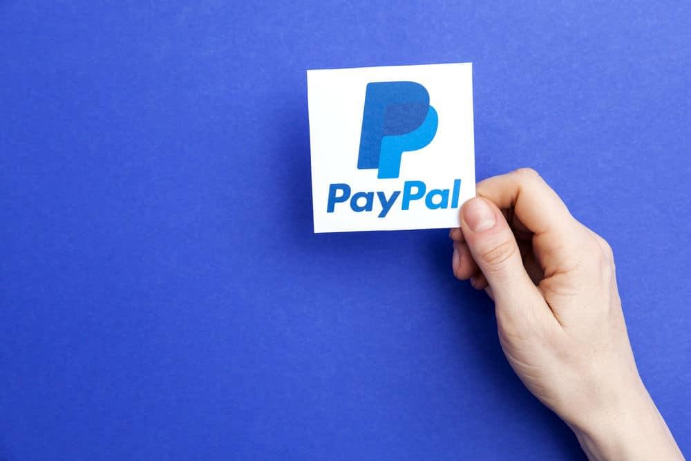 enviar e receber dinheiro online como o Paypal