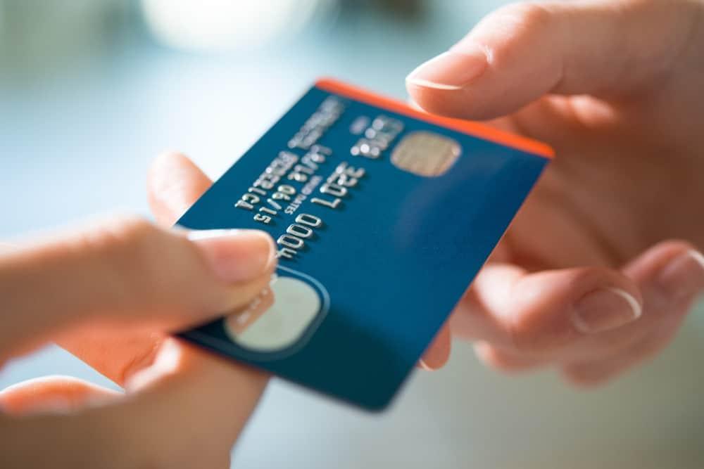 pagar fornecedores com cartões de crédito